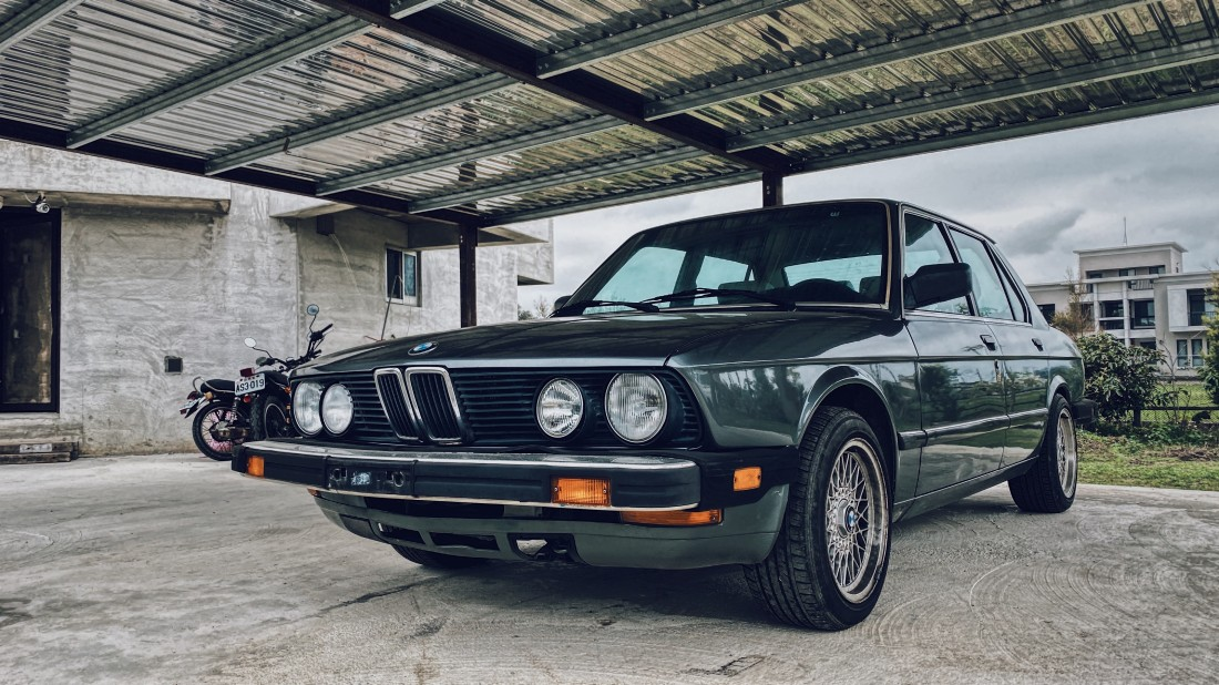 BMW E28 520i US-Spec Natural n Vintage